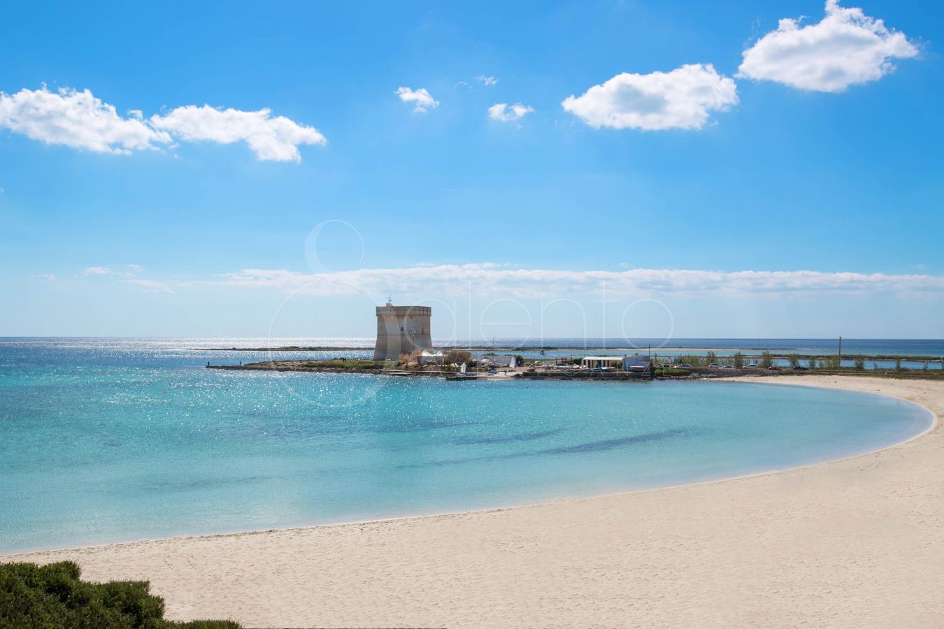 Matrimonio Spiaggia Porto Cesareo : Spiagge del salento adatte ai bambini ecco quali sono