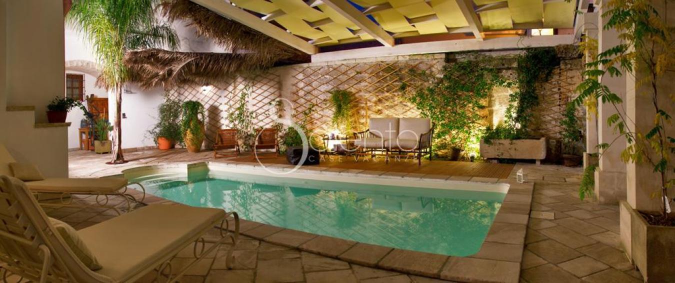 Affitto appartamento in palazzo di lusso con piscina a for Piscina 360 galatina