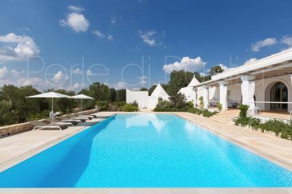 the large pool in Casa Murredda