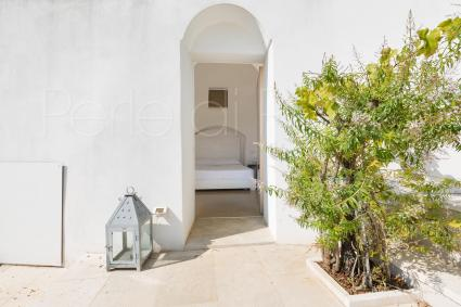 Trullo: 4th master bedroom with private bathroom