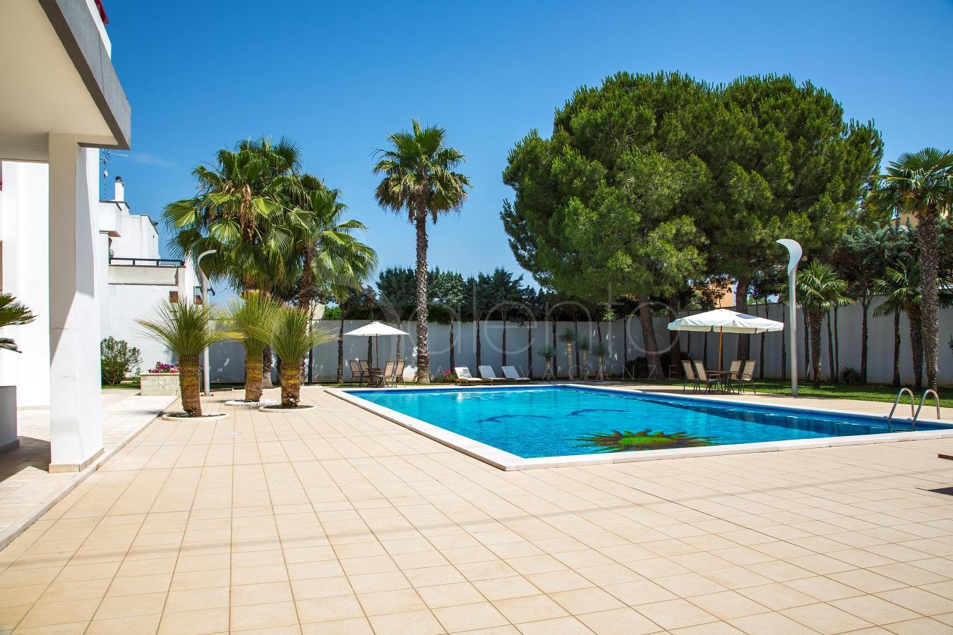Casa con piscina per vacanze nel salento dependance in - Villa con piscina salento ...