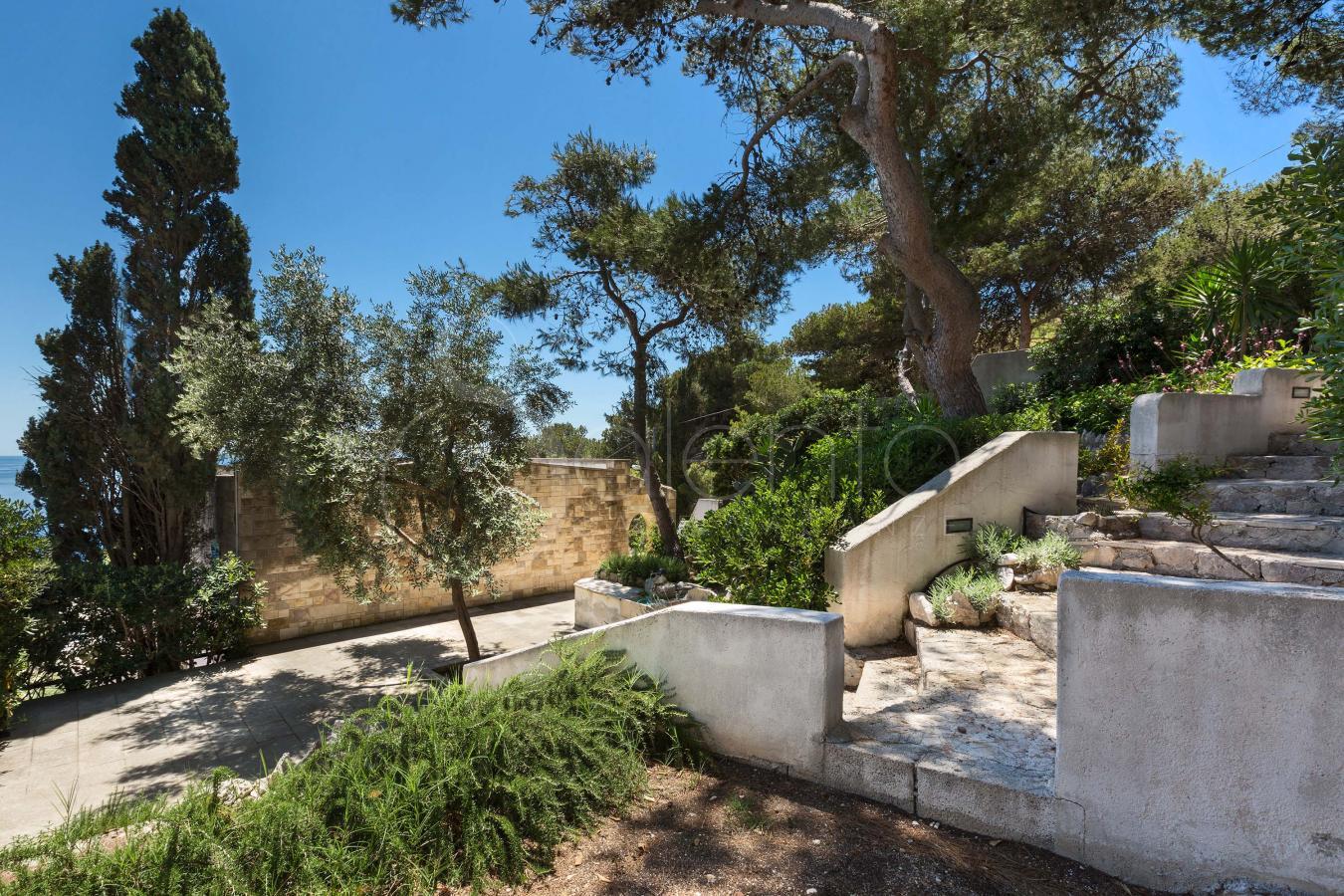 Small villa with balcony and view on the sea of santa - Terrazzi sul mare ...