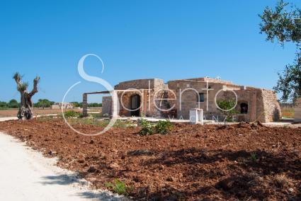 trulli e pajare - Pescoluse ( Leuca ) - Pajare Cedde: Mono Arco