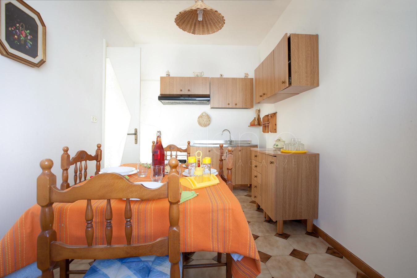 Appartamento a soli 50 metri dal centro di torre san giovanni for Casa di 1200 metri quadrati