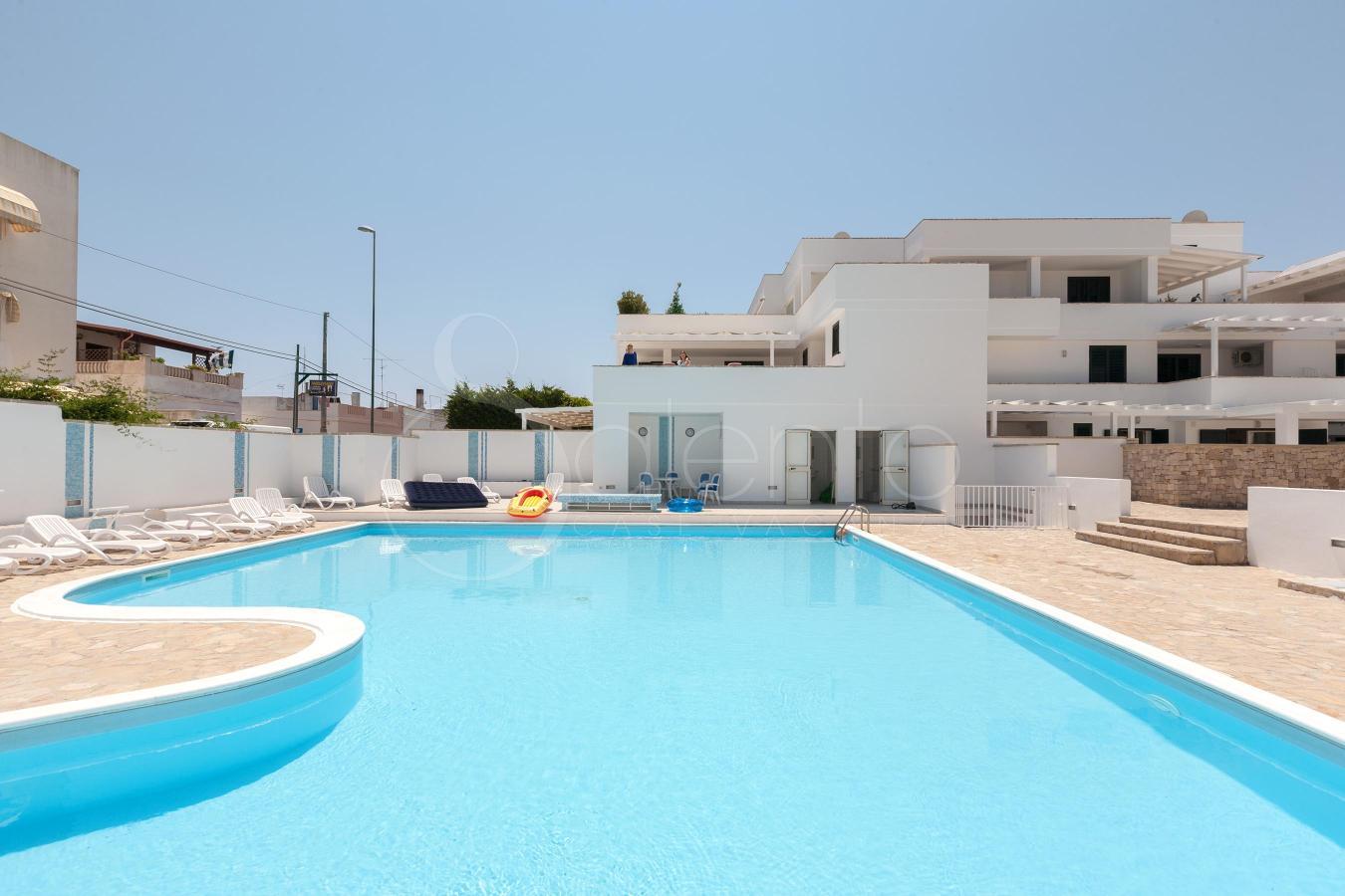 Appartamento di charme con piscina in affitto a santa - Piscina santa maria ...
