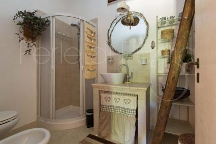Il bagno con box doccia