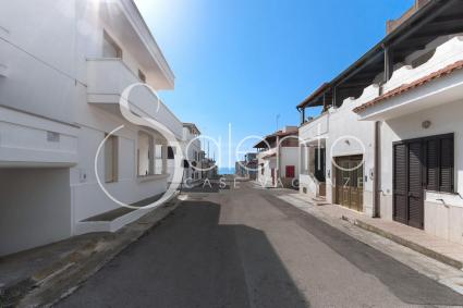 the quiet and well-served residential area of Mancaversa