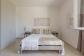 Il solarium sul prato della casa per vacanze sul mare