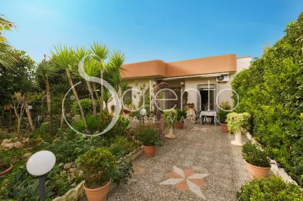 holiday homes - Torre Lapillo ( Porto Cesareo ) - Villa Delle Rose