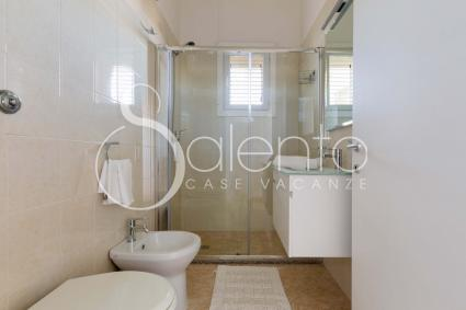 Bathroom with extralarge shower