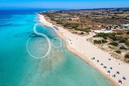 La bella spiaggia Bandiera Blu e Verde