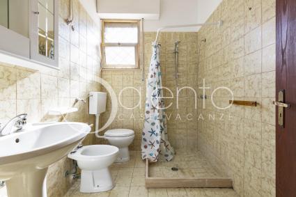 I bagno doccia sono spaziosi e completi