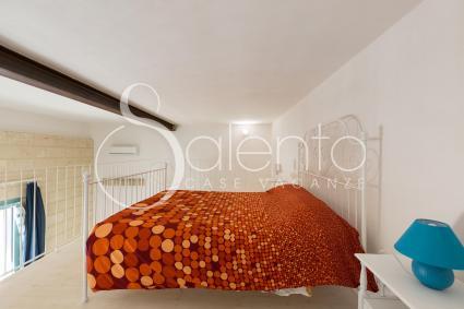 Master bedroom on the mezzanine floor