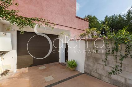 The entrance to the low cost holiday home in Salento