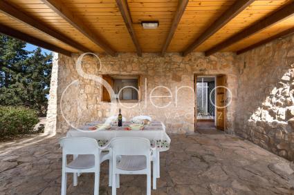 La veranda della pajara, per pranzare e cenare al fresco