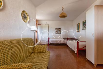 Tre posti letto si trovano nel soggiorno della casa vacanze