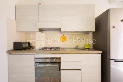 La cucina è completa di forno elettrico e fornetto