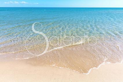 La spiaggia tra Ginosa Maria e Castellaneta è la più vicina alla Villa dei Tessali