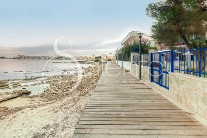 Private access to the beach and the sea of Porto Cesareo