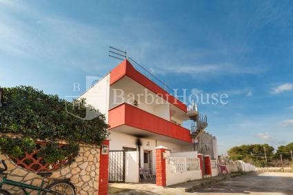 Two holiday homes for rent near the sea in Porto Cesareo