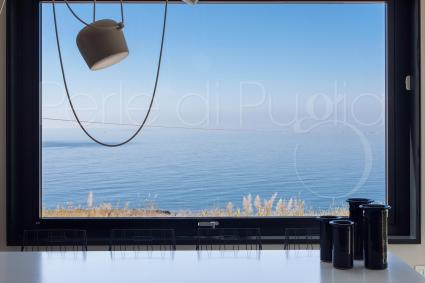 Cooking with a sea view will be a highly relaxing experience