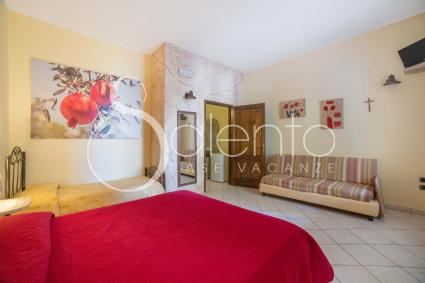 Il Melograno - Quadrupla bedroom has a double bed, a single bed and a single sofa bed.