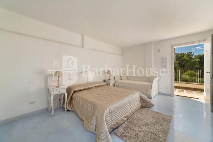 Camera 101 - La camera è dotata di aria condizionata, bagno en suite, internet