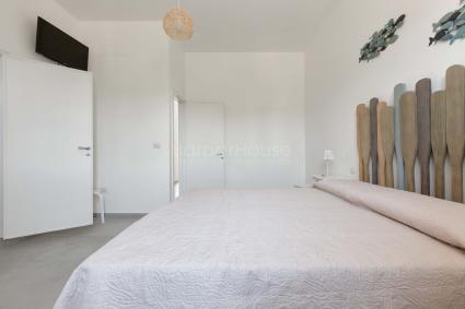 La seconda camera da letto è una doppia