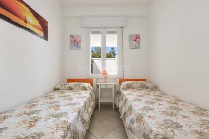 La casa vacanze in affitto zona Porto Cesareo ha aria condizionata e zanzariere