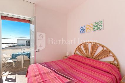 Trilo 7 - there`s a double bedroom with an en suite bathroom