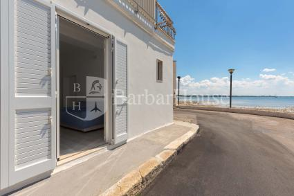 Studio apartment for rent by the sea