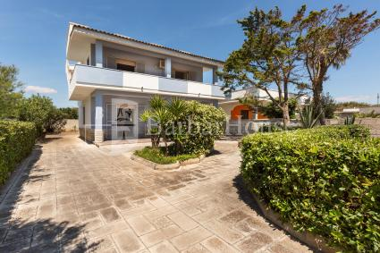 Two holiday homes for rent in Punta Prosciutto