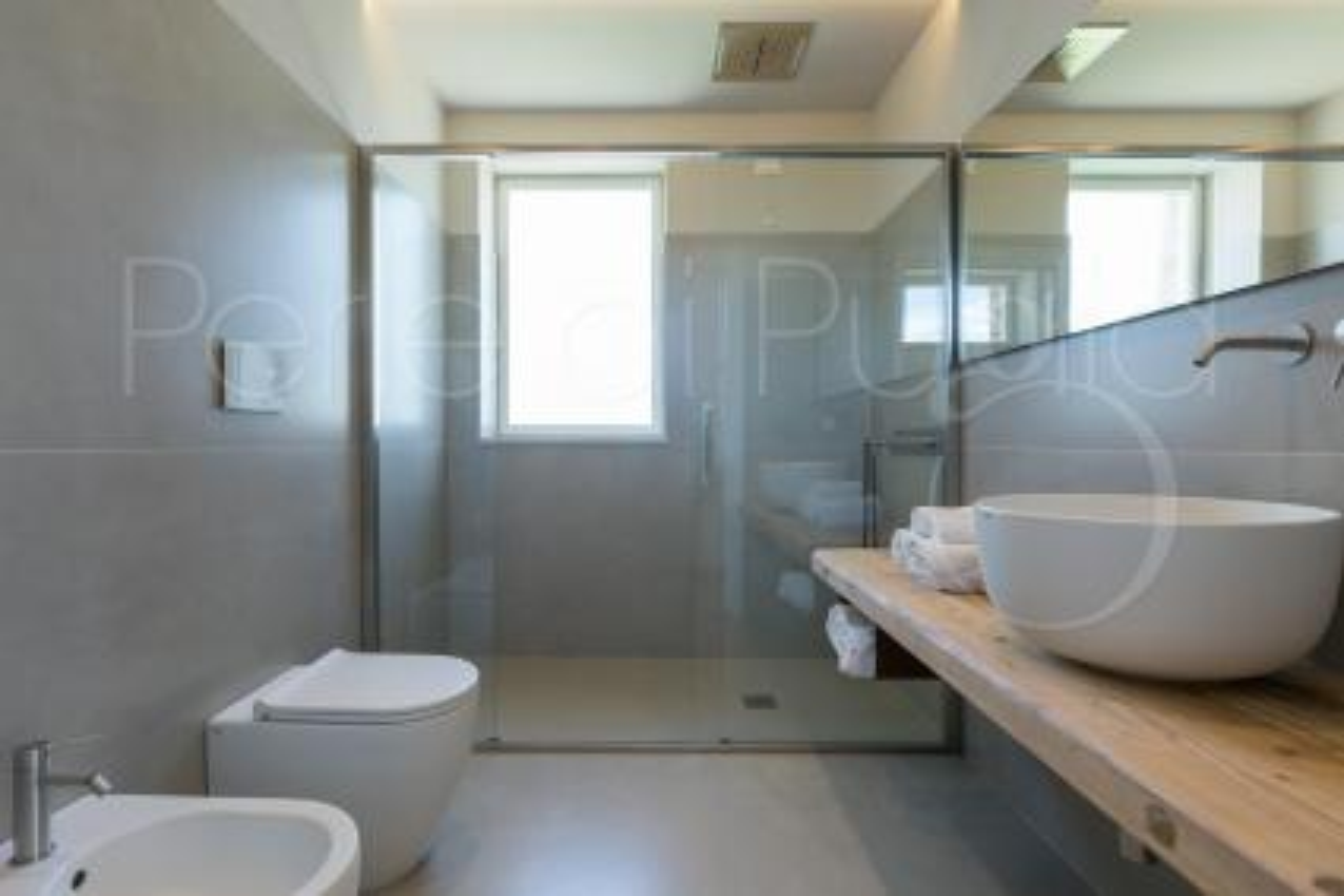 Bagno esclusivo con doccia Spa, cromoterapia e massaggio cervicale
