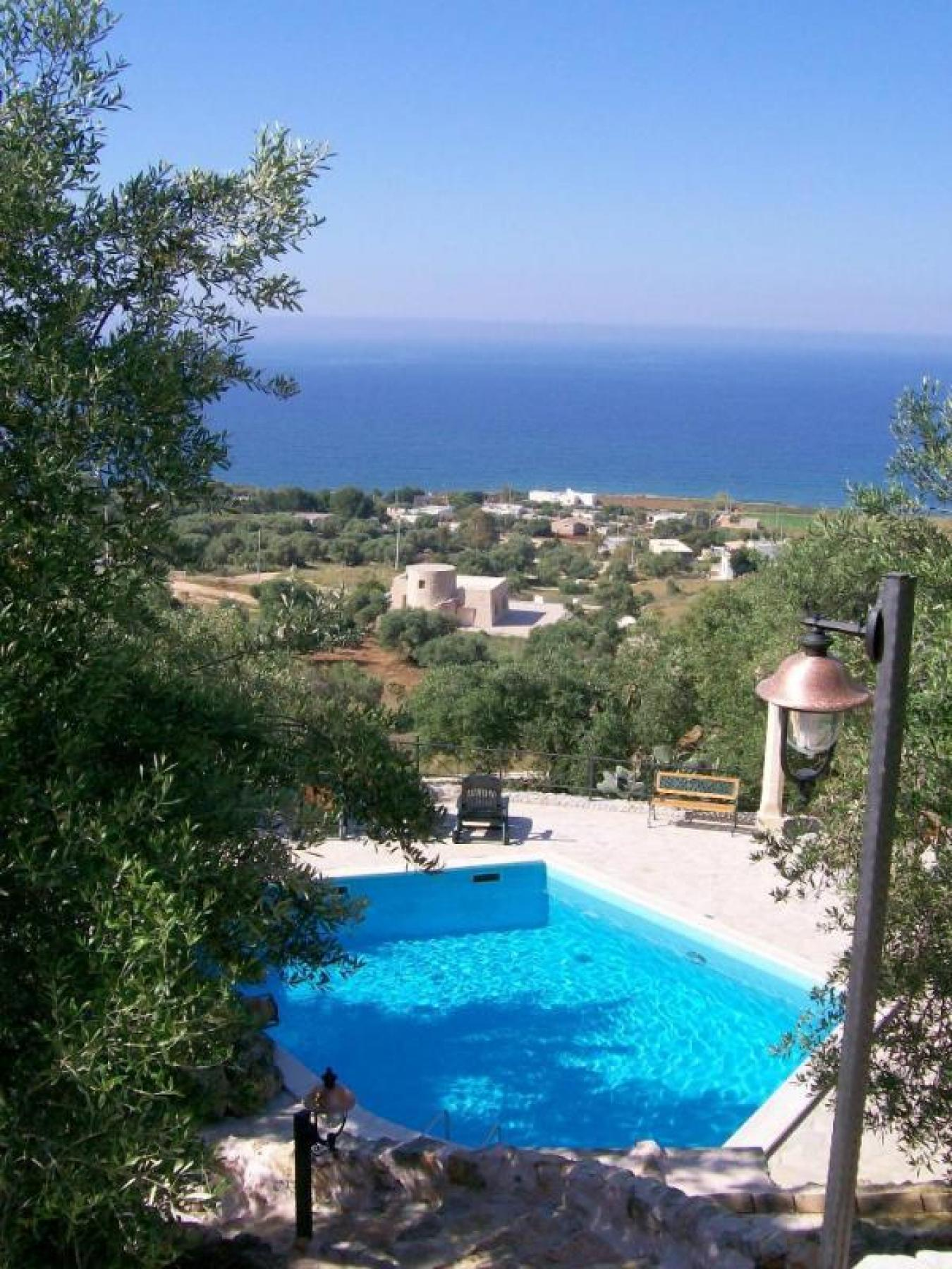 Villa nepole a torre vado villa con piscina n affitto per - Casa vacanza con piscina salento ...