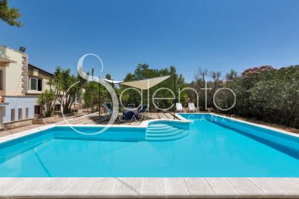 The pool of the holiday home in the heart of Salento