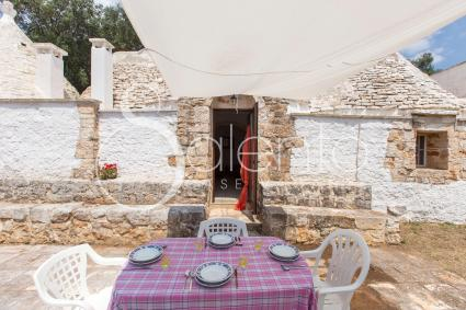 trulli and pajare - Ceglie Messapica ( Brindisi ) - Trullo delle Rimembranze