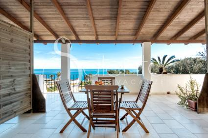 Veranda con vista sul mare del Salento
