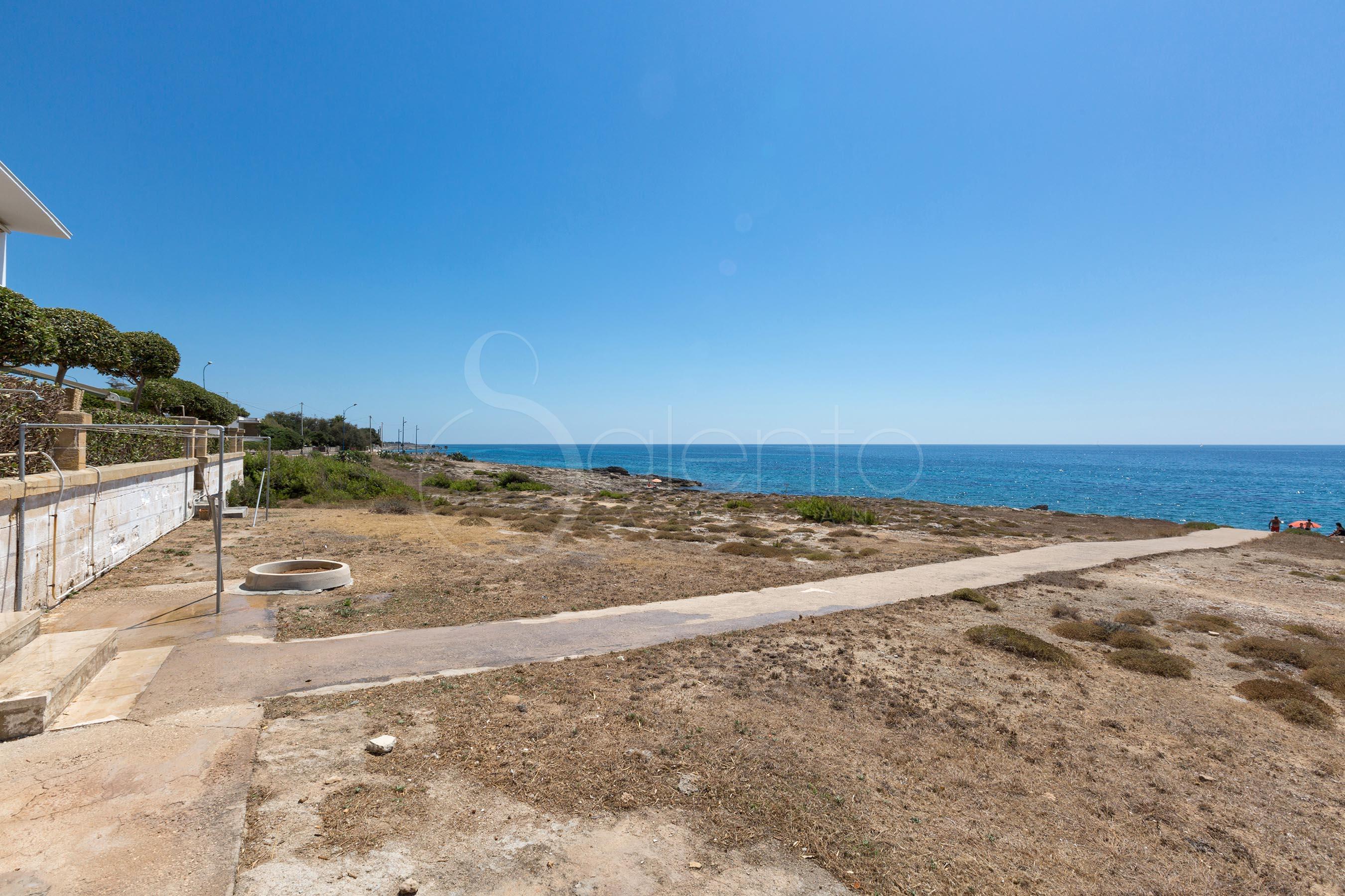 Appartamento vacanze direttamente sul mare in affitto a - Finestra sul mare gallipoli ...