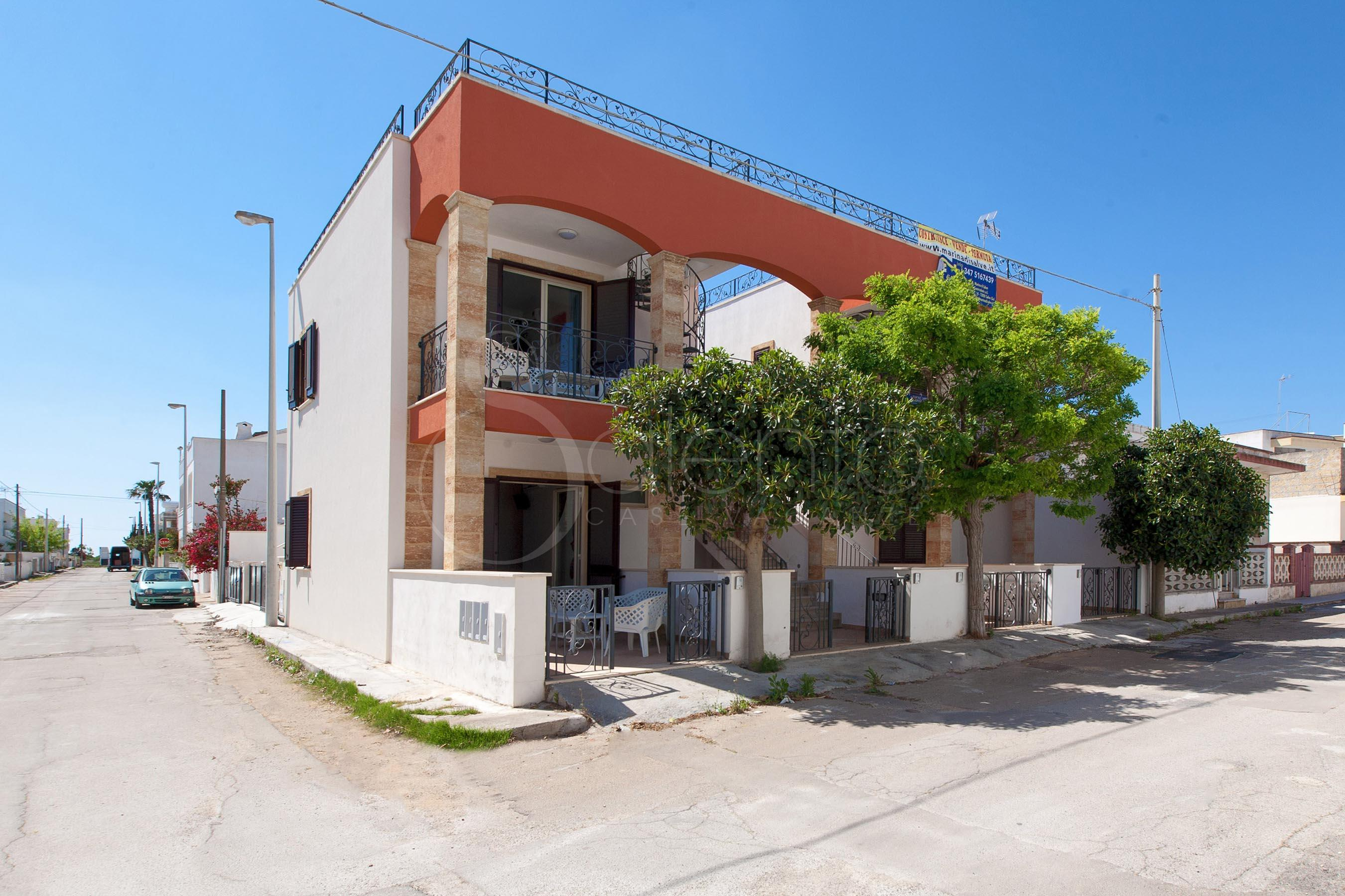 Appartamento per vacanze a pochi mt dalle spiagge di torre for Casa a 1 piano