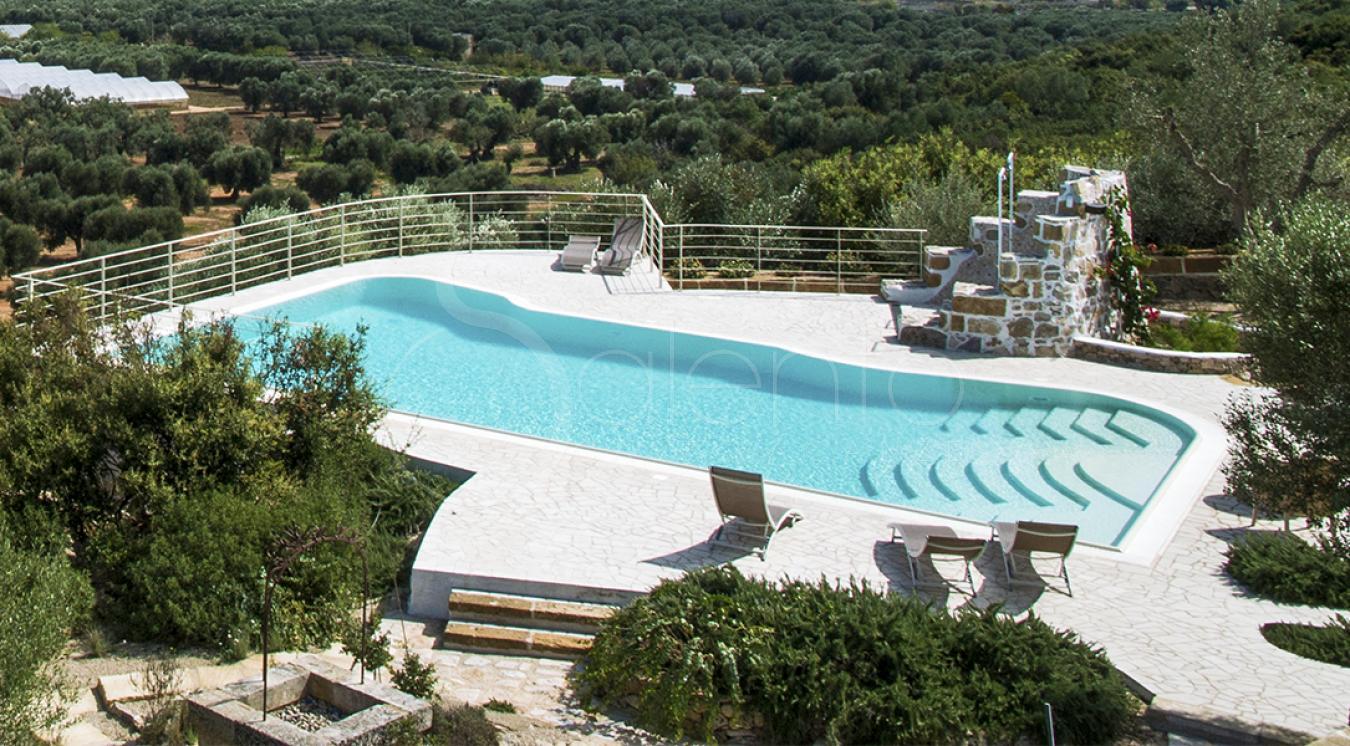 Villetta con piscina pochi km dal mare di gallipoli per 6 - I giardini del te ...