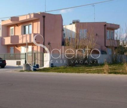 holiday homes - Torre Vado ( Leuca ) - Appartamento Le Rose 1 - PP