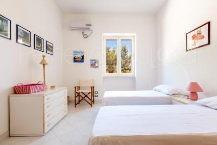 La terza camera da letto del piano centrale è una doppia