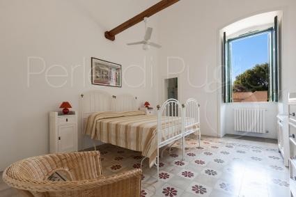 La quarta camera da letto con pale a soffitto